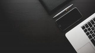 Νέα πτώση στις παγκόσμιες πωλήσεις «έξυπνων» κινητών τηλεφώνων και ταμπλετών