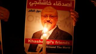Συγγραφείς και ηθοποιοί ζητούν την διερεύνηση της δολοφονίας του Κασόγκι