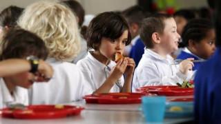 Αρχίζει η διανομή των σχολικών γευμάτων
