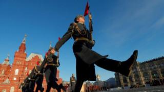 Ρωσία: Εντυπωσιακά «κλικ» από τις πρόβες για τη μεγάλη παρέλαση στην Κόκκινη Πλατεία