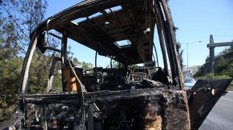 Λευκάδα: Φωτιά σε λεωφορείο του ΚΤΕΛ εν κινήσει