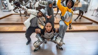 H χιπ χοπ των Ιπποτών: το Μet στήνει χορό για ένα ταξίδι στο χωροχρόνο