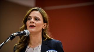 Αχτσιόγλου: Εντός της εβδομάδας το νομοσχέδιο για μείωση των ασφαλιστικών εισφορών