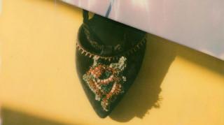 Fashion report: η Ιμάν βραβεύεται & ακόμη ένα διαζύγιο σε ιστορικό οίκο μόδας