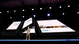 Infinity Flex: Η Samsung παρουσίασε το δικό της κινητό τηλέφωνο-πορτοφόλι