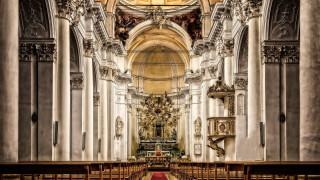Ιταλία: Η Εκκλησία θα πληρώνει δημοτικούς φόρους για τα ακίνητά της