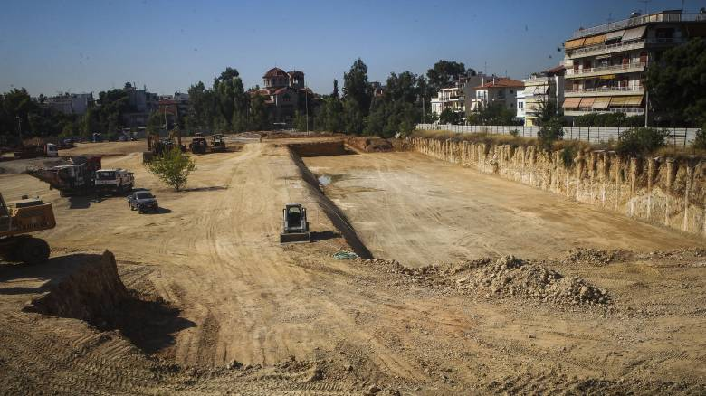 Ο Δήμος της Αττικής που αγοράζει οικόπεδα για να επενδύσει στο πράσινο