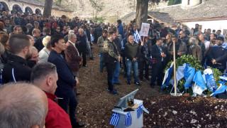 Αποστολή CNN Greece: Πλήθος κόσμου αποχαιρέτησε τον Κωνσταντίνο Κατσίφα