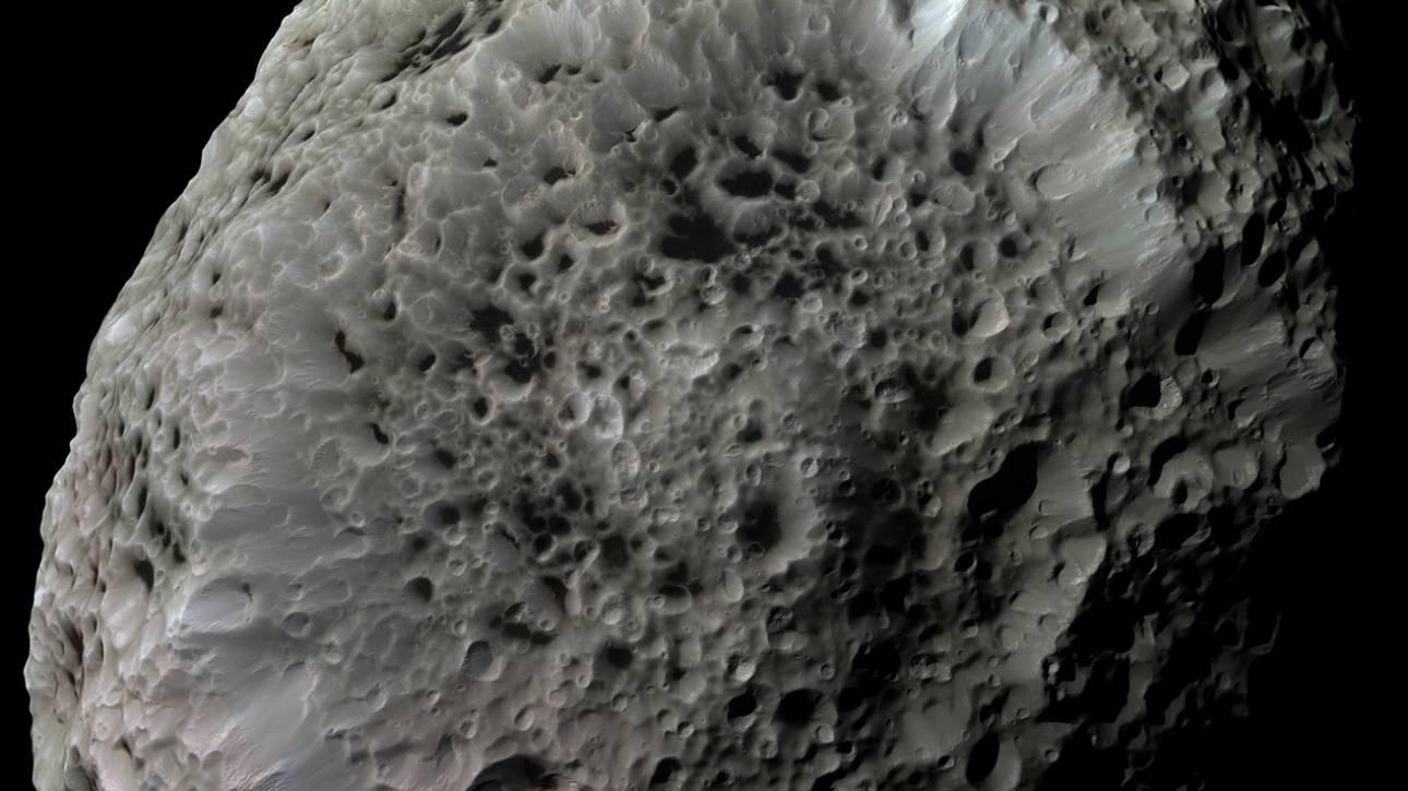 ΝASA: Τρεις τεράστιοι αστεροειδείς θα περάσουν πολύ κοντά από τη Γη