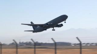 Αεροσκάφος χτύπησε σε στύλο ενώ ετοιμαζόταν για απογείωση