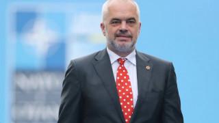Ράμα: Η Αλβανία δεν μάχεται με προβοκάτορες κηδειών