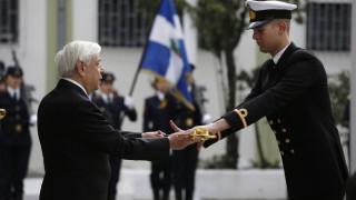 Τα ξίφη σε νέους αξιωματικούς Νοσηλευτικής επέδωσε ο ΠτΔ, Προκόπης Παυλόπουλος