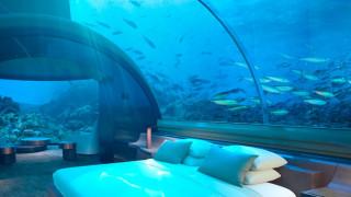 Πολυτέλεια για λίγους: Το πρώτο υποβρύχιο ξενοδοχείο άνοιξε στις Μαλδίβες