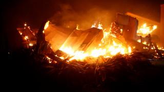 Μαίνονται οι φωτιές στην Καλιφόρνια – Εκκενώθηκαν 75.000 σπίτια