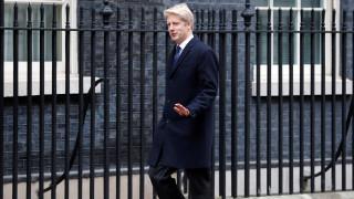 Παραιτήθηκε ο Βρετανός υπ. Μεταφορών με αιχμές για την κυβέρνηση της Μέι