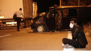 Τροχαίο έξω από τη Θεσσαλονίκη: Ένας έφηβος νεκρός και 19 τραυματίες