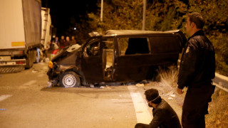 Θεσσαλονίκη: Νεκρό 4χρονο αγοράκι από τη μετωπική σύγκρουση νταλίκας με βαν