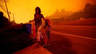 Φωτιά Καλιφόρνια: Στο έλεος της πύρινης λαίλαπας οι κάτοικοι