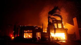 Πύρινη κόλαση στην Καλιφόρνια: Τους 31 έφτασαν οι νεκροί από τις φονικές πυρκαγιές