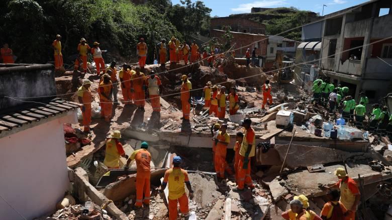 Βραζιλία: Αυξήθηκε ο αριθμός των νεκρών από την κατολίσθηση στο Νιτερόι