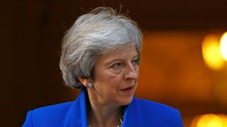 Brexit: Ακυρώθηκε το υπουργικό συμβούλιο που θα ενέκρινε τη συμφωνία της Μέι