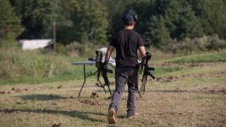 «Οι στόχοι σας δεν είναι άνθρωποι»: Κατασκηνώσεις εκπαιδεύουν παιδιά-δολοφόνους στην Ουκρανία