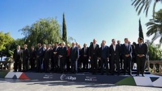 Σημαντικές επαφές Τσίπρα με αλ Σίσι, Μεντβέντεφ και Κόντε