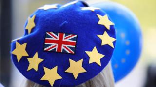 Διεθνή ΜΜΕ: To Brexit έχει πλέον σημαντικό αντίκτυπο στην αγορά εργασίας