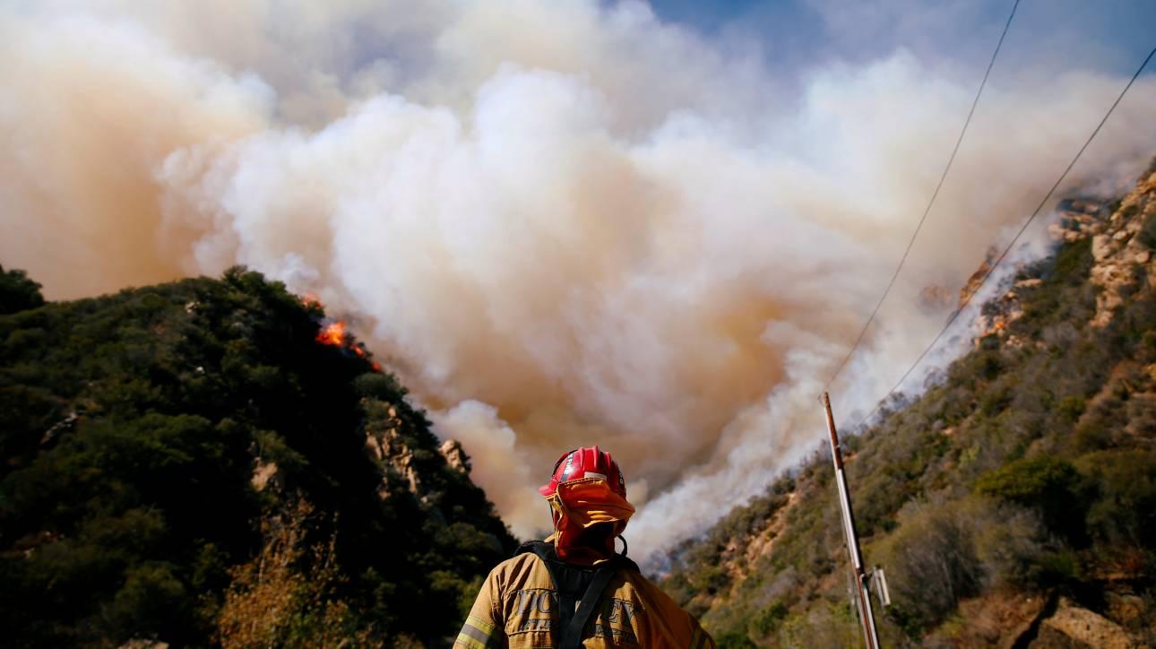 Συλλυπητήρια ΥΠΕΞ στην Καλιφόρνια για τις φονικές πυρκαγιές