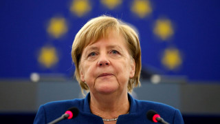 Μέρκελ: Κανείς στην Ευρώπη δεν μπορεί να τα καταφέρει μόνος