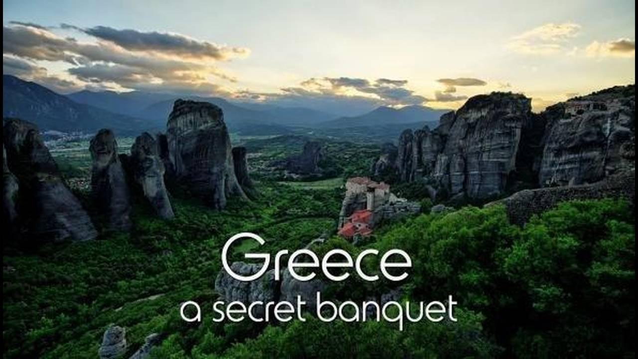 https://cdn.cnngreece.gr/media/news/2018/11/14/154601/photos/snapshot/Greece-365-a-day-destination.jpg