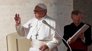 Πάπας Φραγκίσκος: Το κουτσομπολιό σκοτώνει, όπως η τρομοκρατία