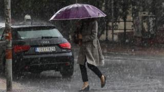 Καιρός: Πτώση θερμοκρασίας, βροχές και χιόνια από την Παρασκευή