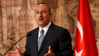 Τσαβούσογλου: Εκτός από τη διπλωματία, υπάρχουν κι άλλοι τρόποι για να λυθούν τα θέματα στο Αιγαίο