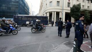 Κλειστή η Πανεπιστημίου λόγω τηλεφωνήματος για βόμβα στο Νομισματικό Μουσείο