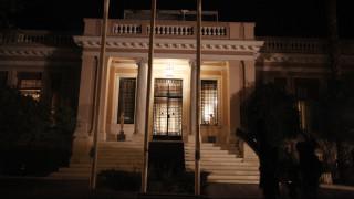 Μαξίμου: Το καθεστώς της μισθοδοσίας των κληρικών αποτελεί απόφαση της Πολιτείας