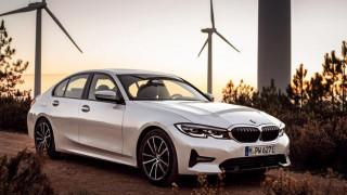 Η νέα plug-in υβριδική BMW 330e μπορεί να καλύψει 50% πιο πολλά χιλιόμετρα καθαρά ηλεκτρικά