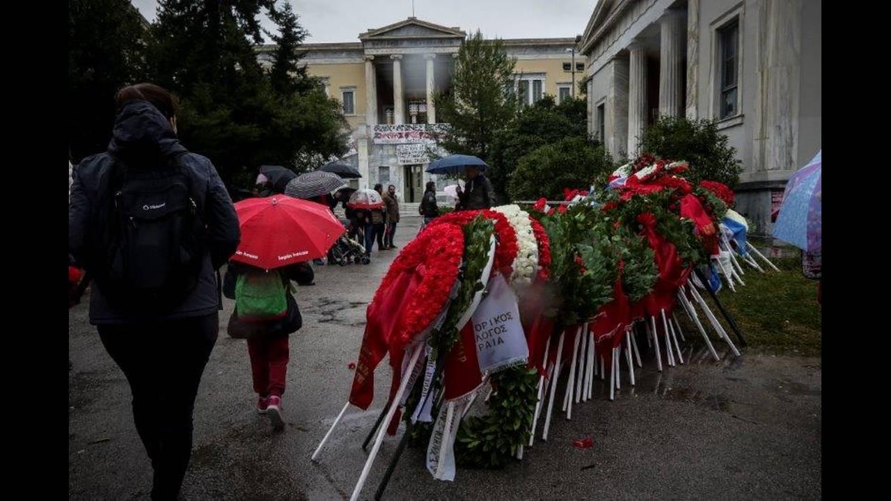 https://cdn.cnngreece.gr/media/news/2018/11/17/155019/photos/snapshot/4623471.jpg