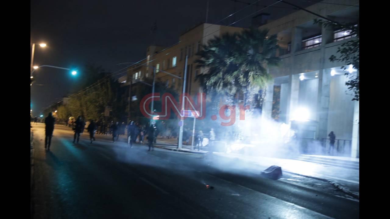 https://cdn.cnngreece.gr/media/news/2018/11/17/155040/photos/snapshot/4470154688_LP2_2606.jpg
