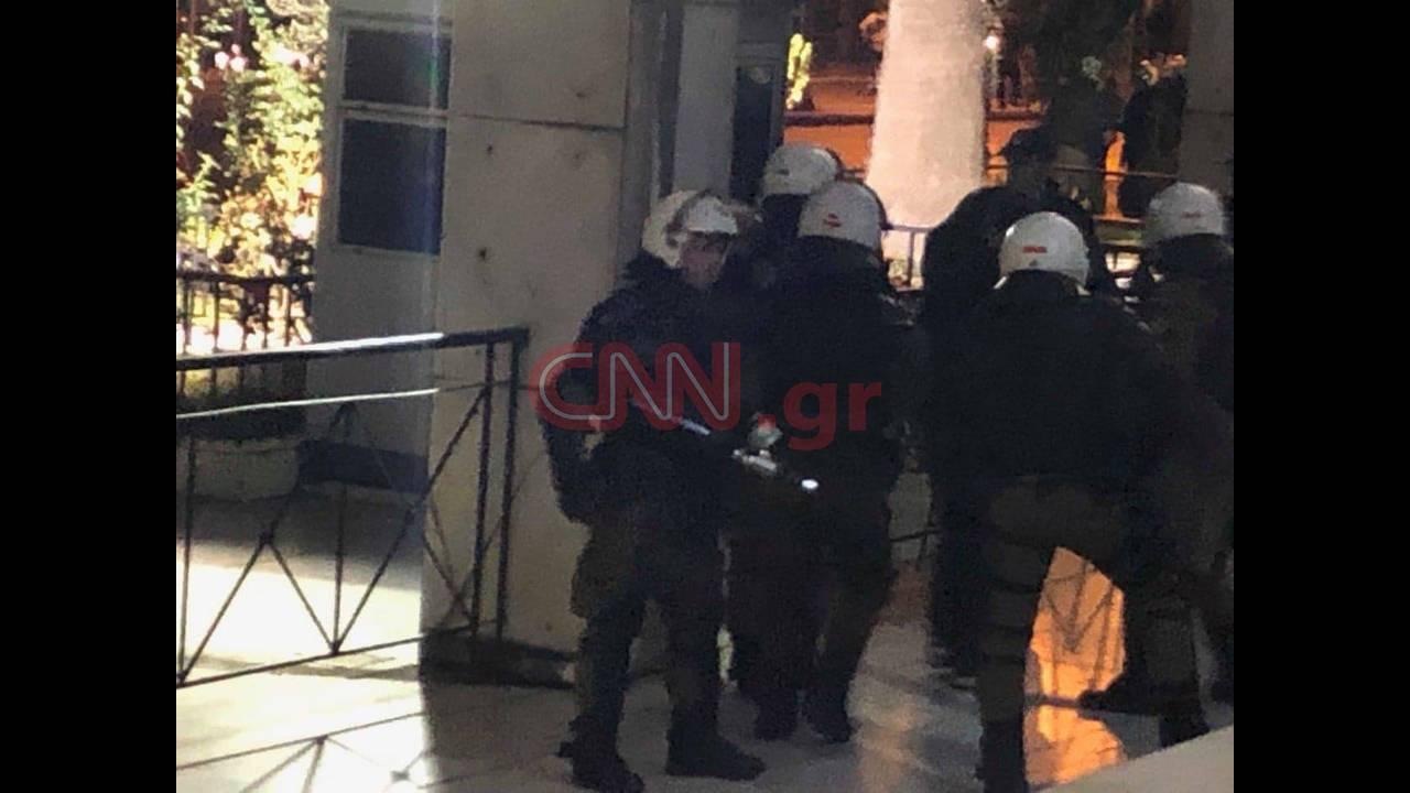 https://cdn.cnngreece.gr/media/news/2018/11/17/155040/photos/snapshot/46483227_197085297879663_2898434752442793984_n.jpg