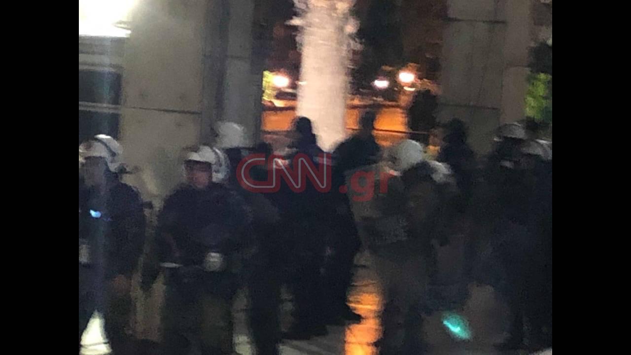 https://cdn.cnngreece.gr/media/news/2018/11/17/155040/photos/snapshot/46492592_2219685511608395_546317366150037504_n.jpg