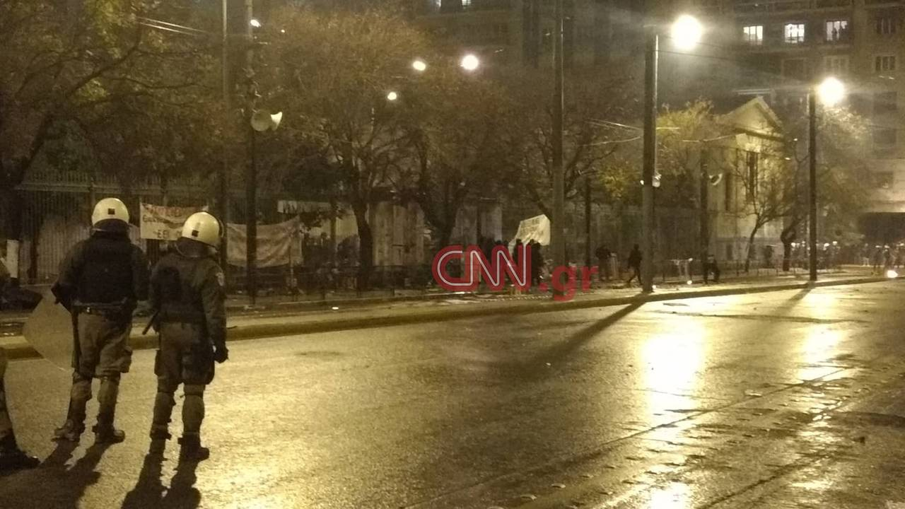 https://cdn.cnngreece.gr/media/news/2018/11/17/155045/photos/snapshot/polytexneio.jpg