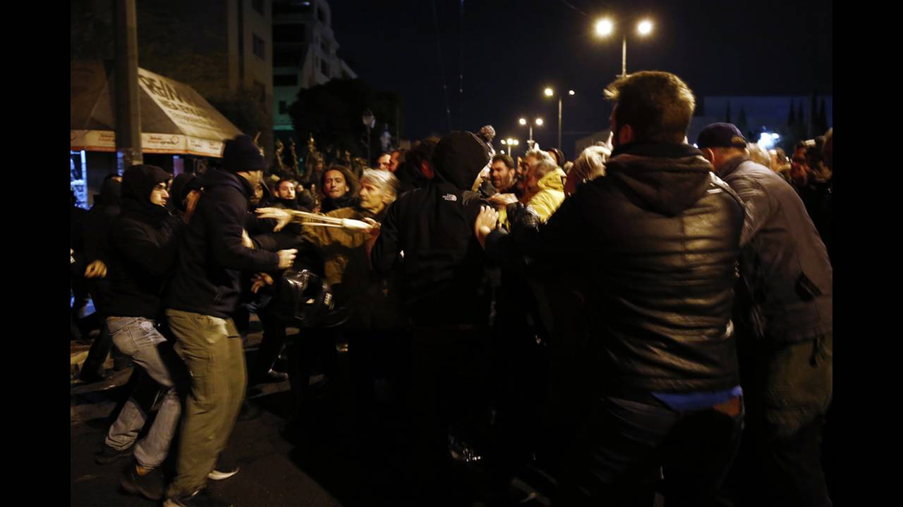 https://cdn.cnngreece.gr/media/news/2018/11/17/155052/photos/snapshot/20339076.jpg
