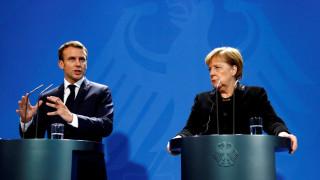 Πιέσεις Μακρόν σε Μέρκελ για από κοινού επανίδρυση της Ευρώπης