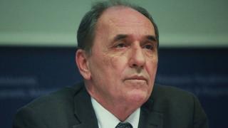 Τι απαντά ο Σταθάκης για τα χρέη της ELFE προς την ΔΕΠΑ