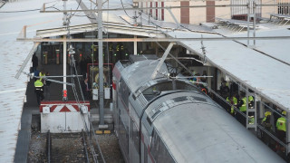 Εκτροχιασμός τρένου στην Καταλονία - Ένας νεκρός και πολλοί τραυματίες