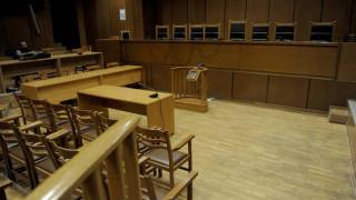 Έγκλημα Πετρούπολη: Ενοχή του 56χρονου που σκότωσε την 18χρονη κόρη του, ζητά ο εισαγγελέας