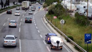 Τροχαίο στην Εθνική Οδό στο ρεύμα προς Πειραιά - Ουρές χιλιομέτρων