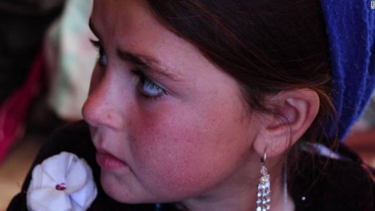 «Πούλησα την κόρη μου για 3.000 δολάρια»: Μια μητέρα από το Αφγανιστάν διηγείται
