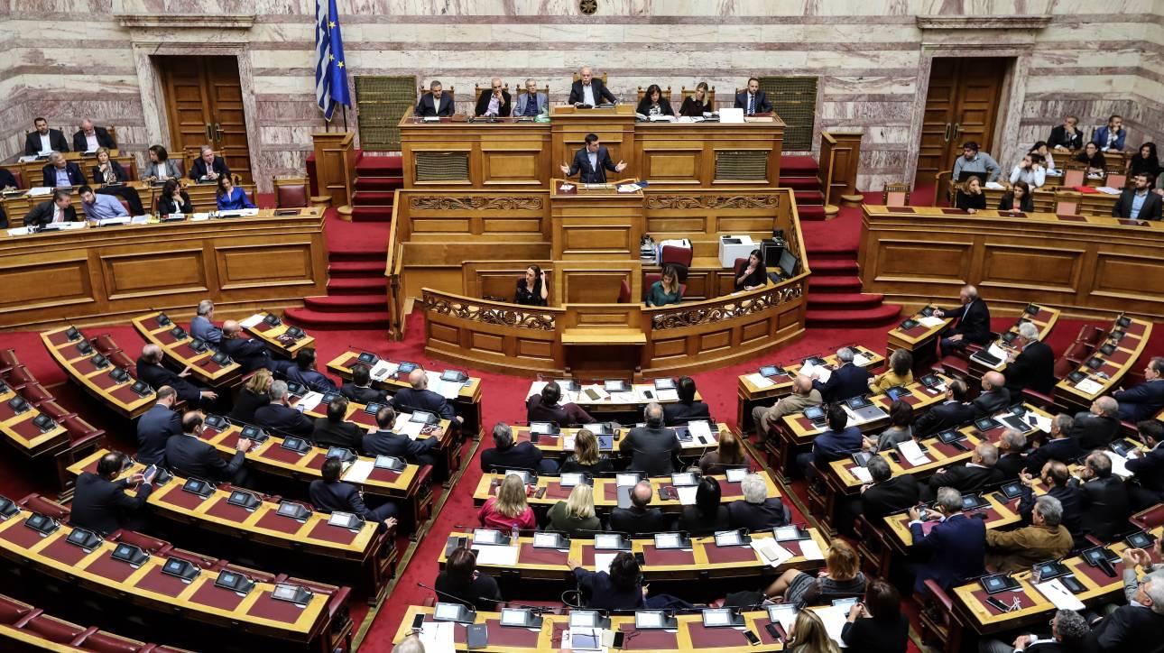 Έντονες οι αντιδράσεις της αντιπολίτευσης στην ομιλία Τσίπρα